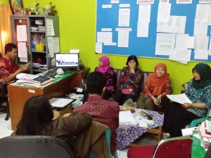 BK, BKK dan Humas SMKN 12 Surabaya